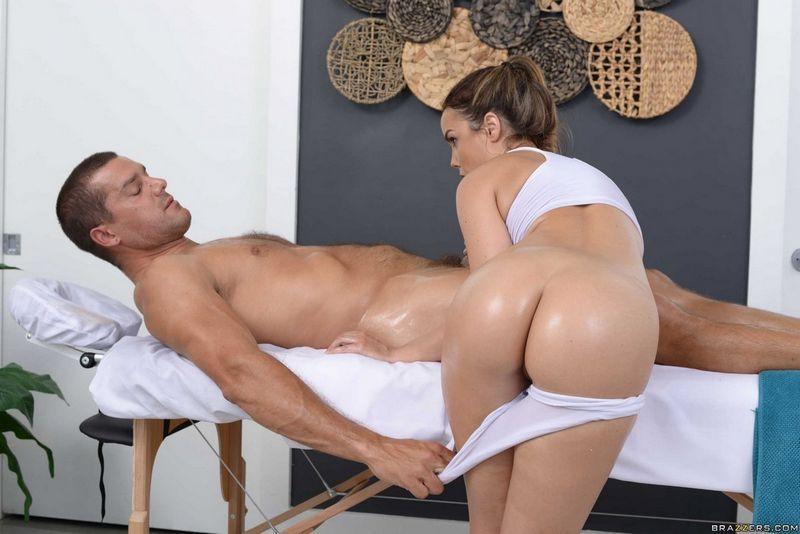 Brazzers трах на масажном